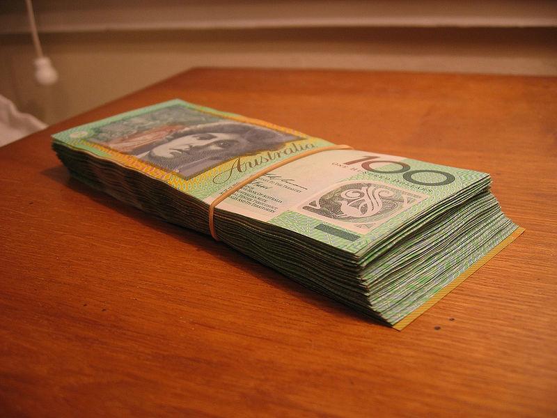 Австралийские доллары пластиковые