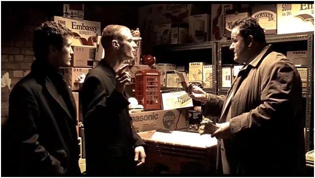 Ник Грек и пачка денег