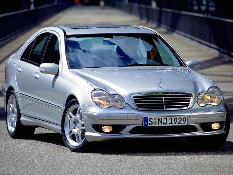 Mercedes_C-Class_Sedan_2001_W203