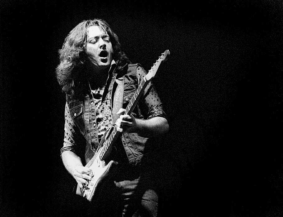 rory-gallagher-stadium-1981-ch-018
